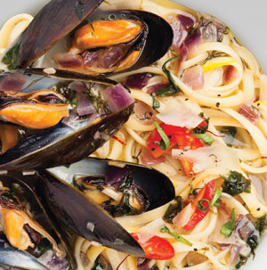 Mussel Linguine with Tomato and Basil - Recipe
