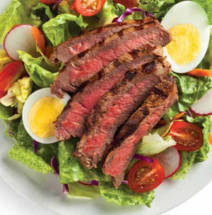 Peppered Steak Salad with Balsamic-Parmesan Dressing
