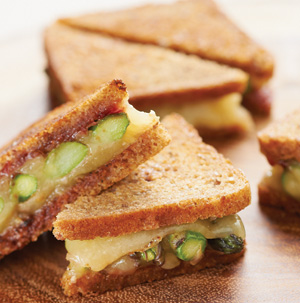 Asparagus-Havarti Grilled Cheese - Recipe