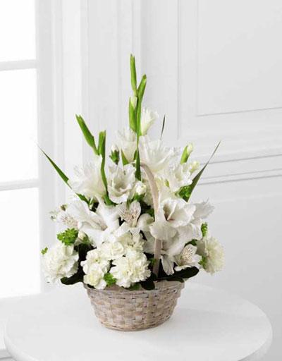 shop floral sympathy ftd eternal affection arrangement. Black Bedroom Furniture Sets. Home Design Ideas