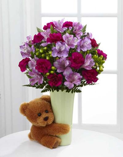 shop floral anniversary ftd big hug vase bouquet. Black Bedroom Furniture Sets. Home Design Ideas