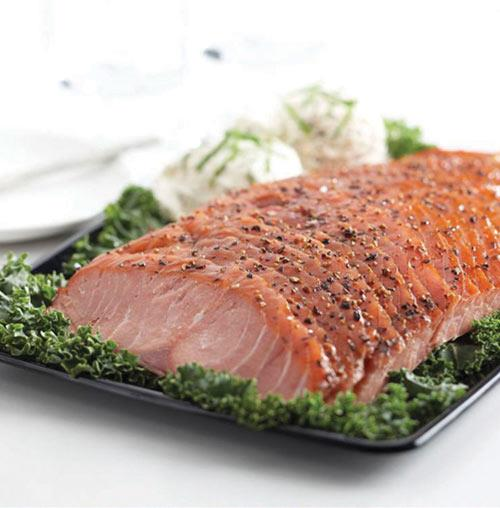 Signature Cracked Pepper-Encrusted Smoked Salmon Platter