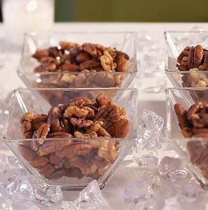 how to make spiced nuts for the holidays